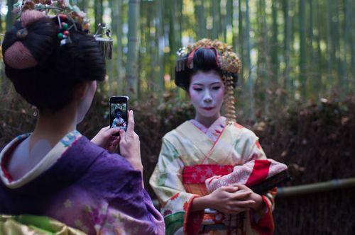 Kyoto-geishas-xavi-01