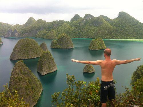 2012-03-26-danilobera-indonesia